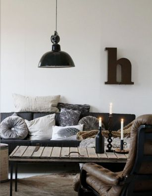 Awesome rustic industrial living room design and decor ideas 46