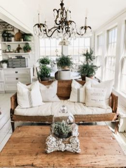 Brilliant bohemian farmhouse decorating ideas for your living room 33
