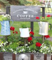 Brilliant garden junk repurposed ideas to create artistic landscaping 06