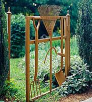 Brilliant garden junk repurposed ideas to create artistic landscaping 21
