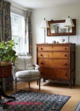 Classic and elegant european farmhouse decor ideas 06