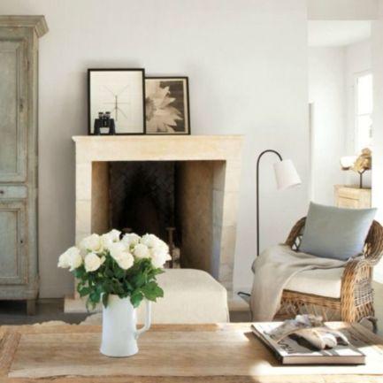 Classic and elegant european farmhouse decor ideas 25