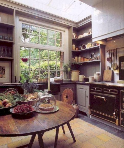 Classic and elegant european farmhouse decor ideas 36