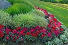 Impressive small front yard landscaping ideas 09