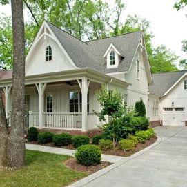 Most stylish farmhouse front door design ideas 22