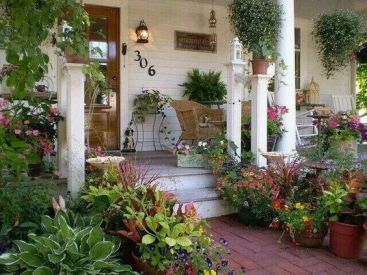 Most stylish farmhouse front door design ideas 41