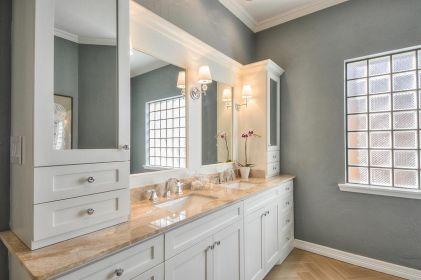Affordable modern small bathroom vanities ideas 29