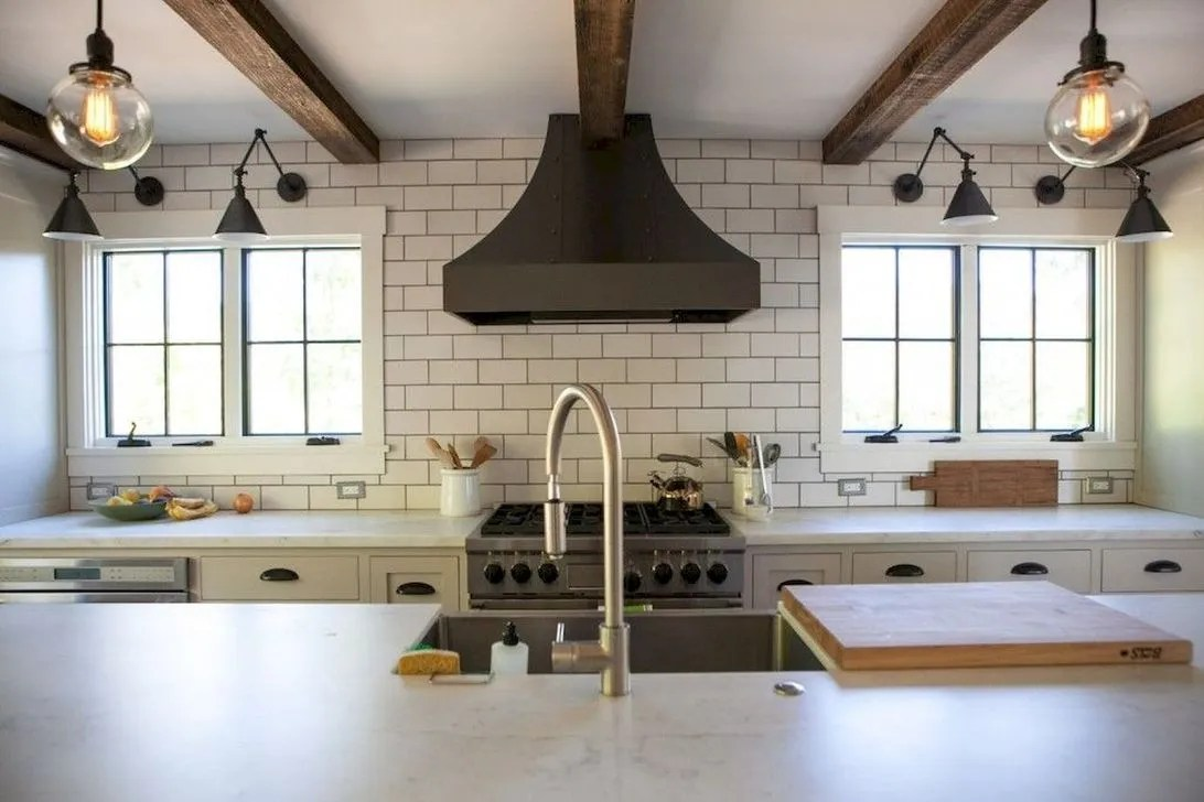 Amazing farmhouse kitchen decor ideas for inspiration 10