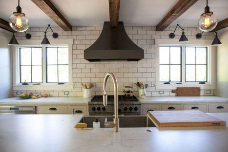 Amazing farmhouse kitchen decor ideas for inspiration 10