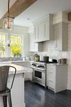 Amazing farmhouse kitchen decor ideas for inspiration 12