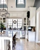 Amazing farmhouse kitchen decor ideas for inspiration 37