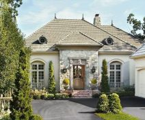 Amazing french country exterior for your home inspiration 08