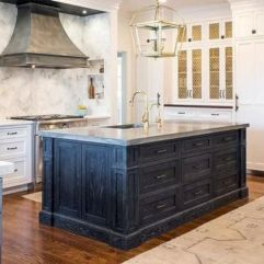 Amazing oak cabinet kitchen makeover ideas 25