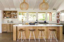Amazing oak cabinet kitchen makeover ideas 34