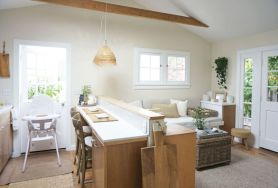 Awesome kitchen makeovers for small kitchens 23