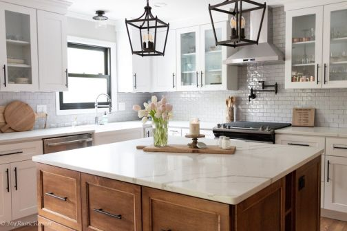 Comfy antique white kitchen cabinets ideas 01