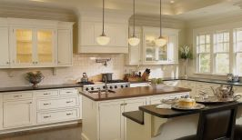 Comfy antique white kitchen cabinets ideas 12