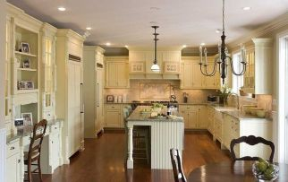 Comfy antique white kitchen cabinets ideas 19