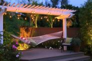 Comfy backyard hammock decor ideas 08
