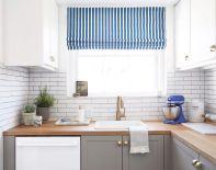 Easy grey and white kitchen backsplash ideas 32