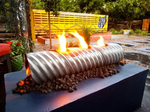 Fancy fire pit design ideas for your backyard home 28