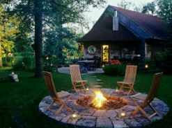 Fancy fire pit design ideas for your backyard home 39