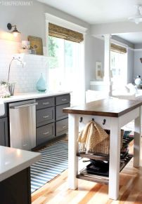Gorgeous small kitchen makeovers on a budget 13