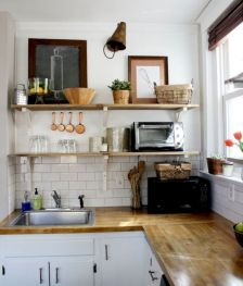 Gorgeous small kitchen makeovers on a budget 37