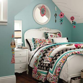 Impressive colorful bedroom ideas 11