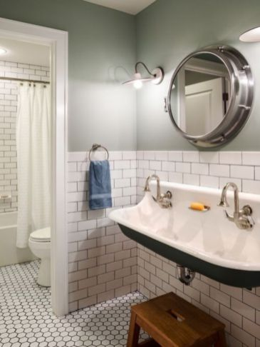 Lovely hotel bathroom design ideas that can be applied to your home 01