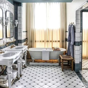 Lovely hotel bathroom design ideas that can be applied to your home 36