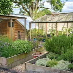Modern urban gardening ideas 12