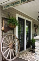 Amazing farmhouse porch decorating ideas 26