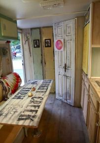 Antique diy camper interior remodel ideas you can try right now 11