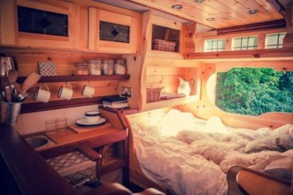 Antique diy camper interior remodel ideas you can try right now 21
