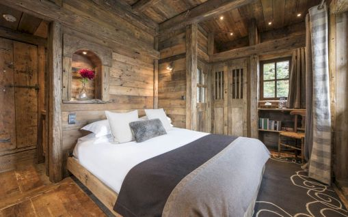 Attractive rustic italian decor for amazing bedroom ideas 06