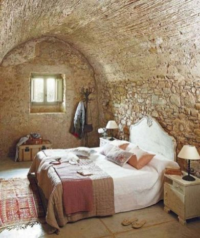 Attractive rustic italian decor for amazing bedroom ideas 13