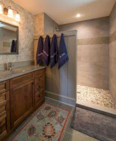 Awesome farmhouse shower tiles ideas 22