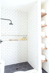 Awesome farmhouse shower tiles ideas 24