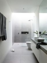 Best ideas how to creating minimalist bathroom 20