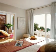 Chic home mediterranean interiors design ideas 13