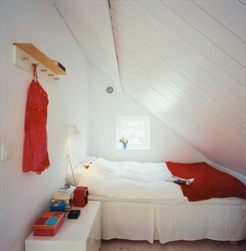 Comfy and cozy small bedroom ideas 07