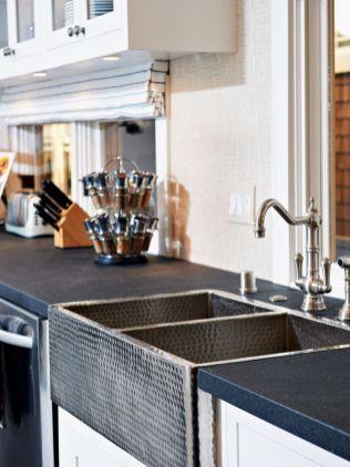 Cool farmhouse kitchen sink remodel ideas 45