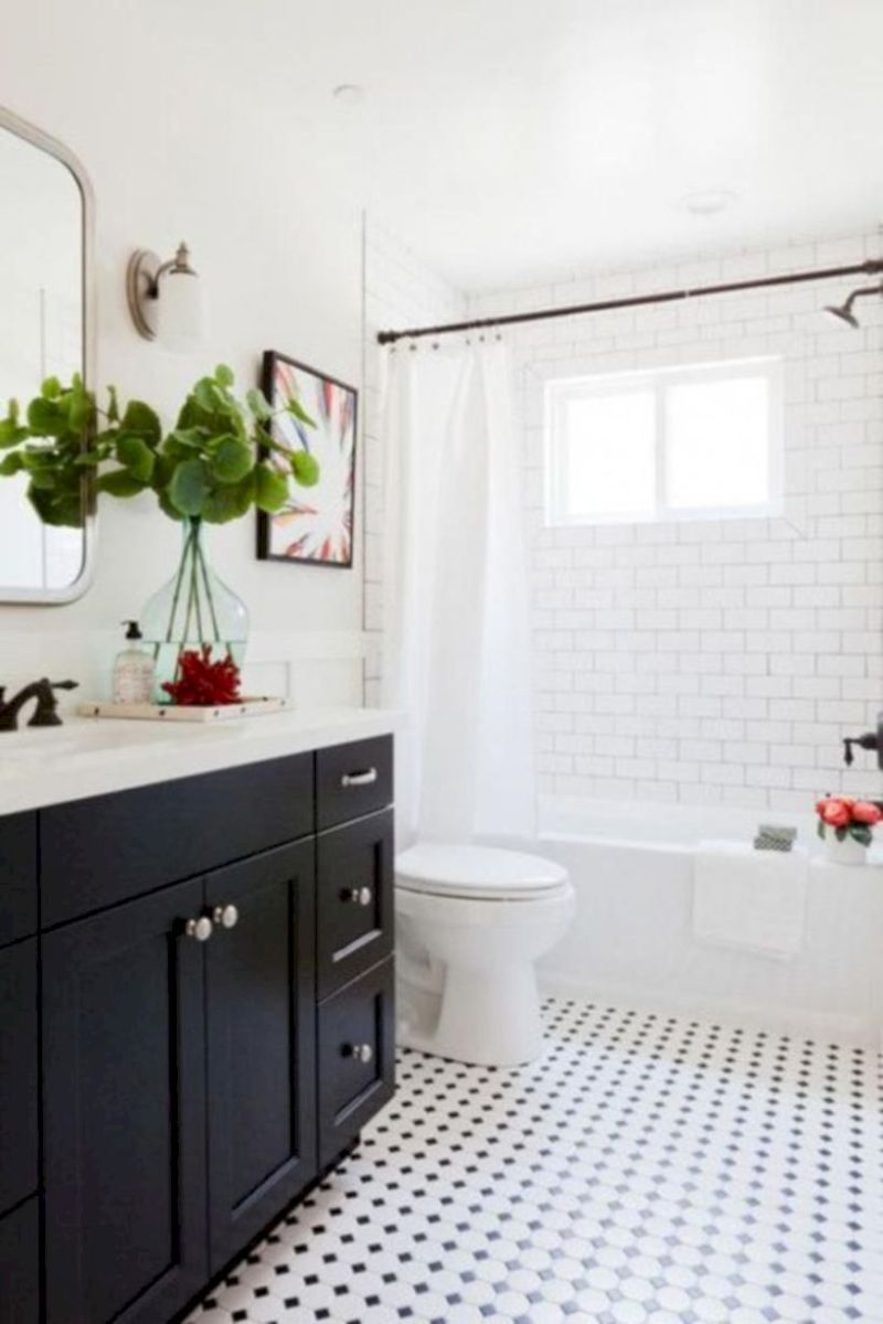 Cozy farmhouse bathroom makeover ideas 01