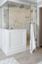 Cozy farmhouse bathroom makeover ideas 40
