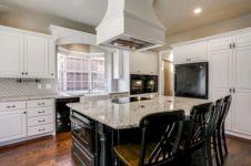 Fabulous all white kitchens ideas 38