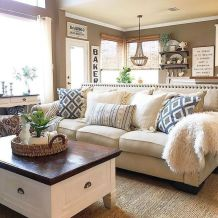 Fabulous farmhouse living room decor design ideas 10