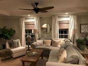 Fabulous farmhouse living room decor design ideas 25
