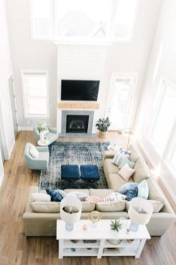 Gorgeous farmhouse living room decor design ideas 56