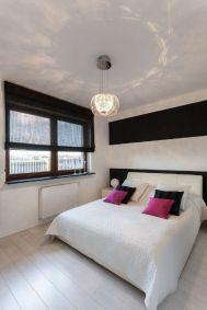 Gorgeous minimalist elegant white themed bedroom ideas 04